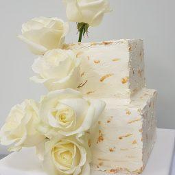 Vierkante taart goud/wit